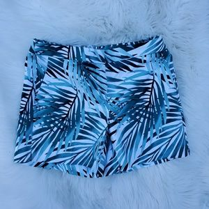 WHBM palm shorts nwt